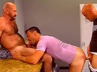 Mens Room Muscle DP Threesome!