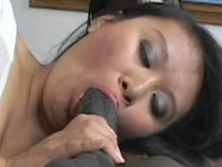 Attentively kiwi ling asian pussy milf working certainly