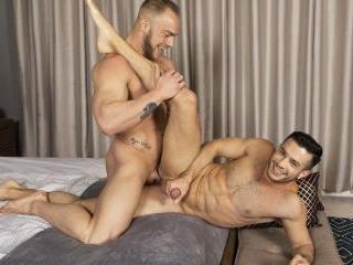 Brock & Manny : Bareback