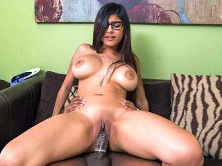 Mia Khalifa Tries A Big Black Dick