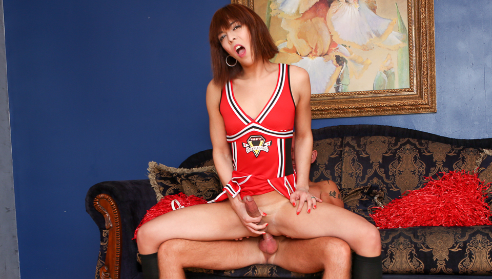 shemale-cheerleader-porn