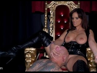 Yes My Queen: Syren De Mer Dominates Her Daddy For
