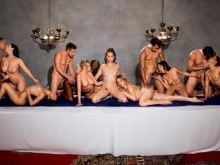 Vixen - Tori Black, Mia Malkova, Vicki Chase, Kira