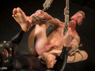 Pushed to the Max: Cody Winter takes it all - Kink