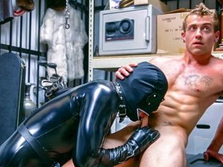 Dungeon master with a gimp