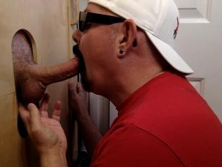 Big Daddy Gets Gloryhole Deep Throat