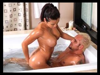 nuru massage dating sverige