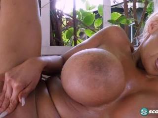 Anastasia L\'Amour: Pleasure Garden