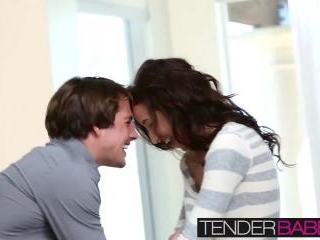 Sexy and hot teen babe Belle Knox loves hot cum on