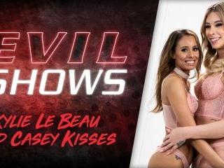 Evil Shows - Kylie Le Beau & Casey Kisses