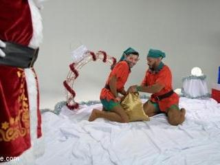 Impish Little Elves: Casey Everett Edged by Santa