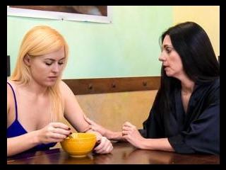 Lesbian Seductions #60