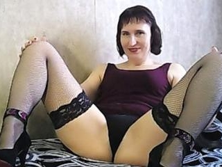 Lara123Russian Strips on Webcam