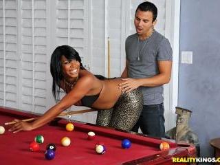 Billiard Ballin
