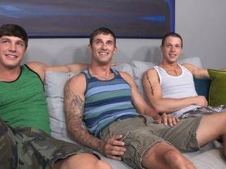 Brandon, Peter & Duncan: Bareback