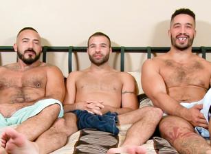 Sexy nude latinas