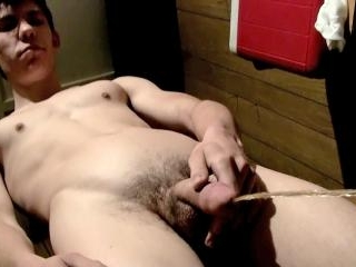 Pissing And Cumming In The Garage - Cooper Reeves