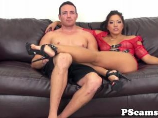 Les webcamshow with aaliyah love licking box 3