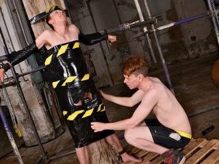 Trans Boy Olly Gets A Buzzing! - Olly Jackson & Le