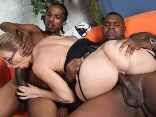 Jenna Covelli - Blacks On Cougars