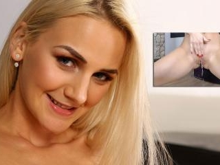 Virtualpee - Vibrator play for blonde babe Katy Sk