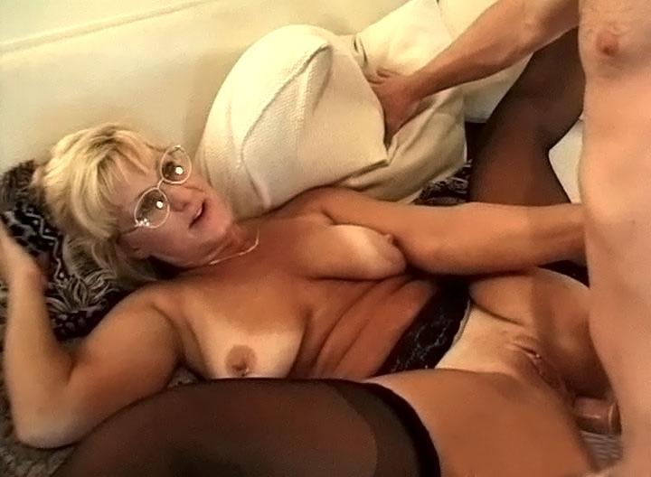 Пожилая дала порно фильмы