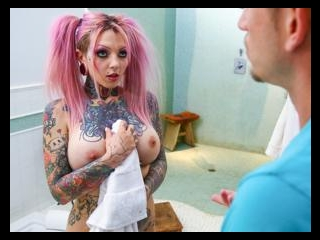 Big Tit Tattooed Stepsister Sydnee Vicious