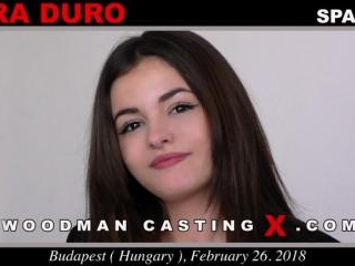 Lara Duro casting