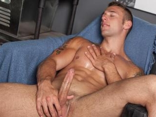 18 year old Ryan Knightly defies his age with ripp