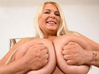 Brit Babe Bares Best Boobs