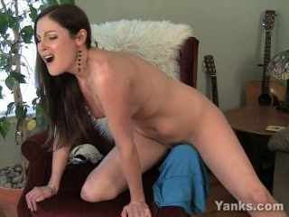 Samantha Ryan Horny and Humping