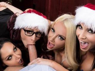 Office 4-Play: Christmas Bonuses