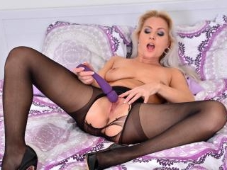 Kathy Cums