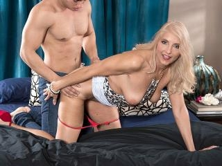 Chery\'s Anal Appetite