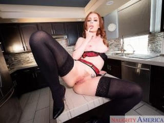 Housewife 1 on 1 - Ella Hughes & Johnny Castle