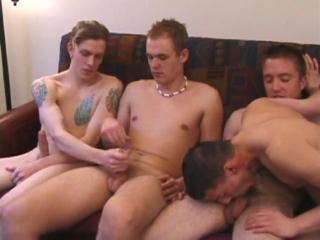 4 Young Amateur Guys Sucking Dick