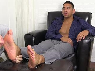 Jake Torres Gets Foot Worshiped and Loves It - Jak
