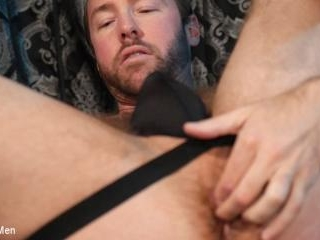 Alex Hawk:Handsome Stud Takes Daddy\'s Dick for You