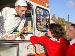 Two Twinks & The Ice-Cream Man - Aaron Aurora, Bra