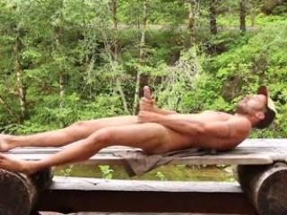 Horny boyfriend jacks off outdoors