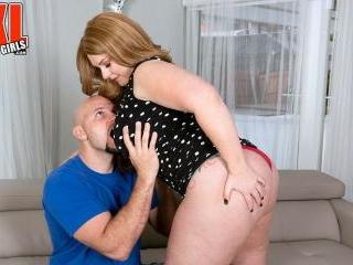 Amber Stevens Meets JMac