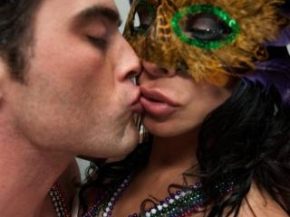 The Madri Gras Snatcher: Ts Vaniity fucking in a P
