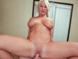 Hot Pussy MILF