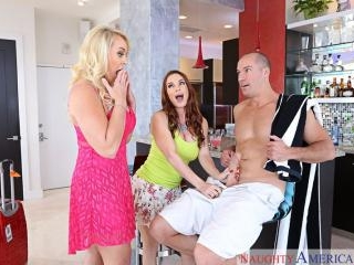 My Friend\'s Hot Mom - Alexis Golden & Diamond Foxx