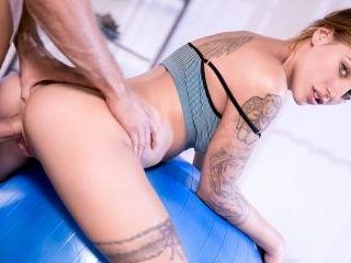 From Yoga to Anal With the Flexible Silvia Dellai