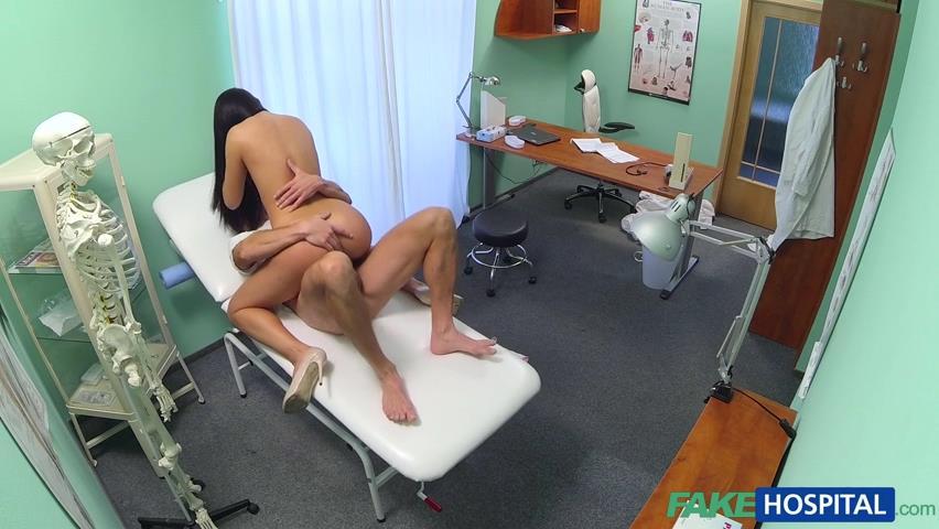которые голышом смотреть секс в госпитале сейчас это была