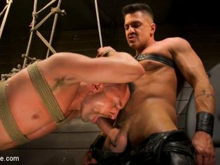 Tuckered Out: New Slave Kept on the Edge - Kink