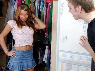 Teen Francheska\'s Quick And Dirty Fuck