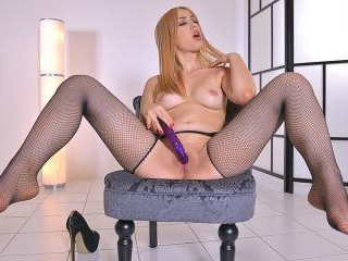 Legs Of Lust - Pantyhose For Sultry Foot Fetish Se