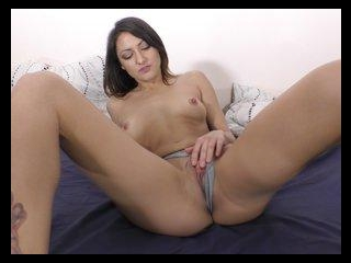 Super Squirter Suzy Rainbow Loves Eating Man Ass!